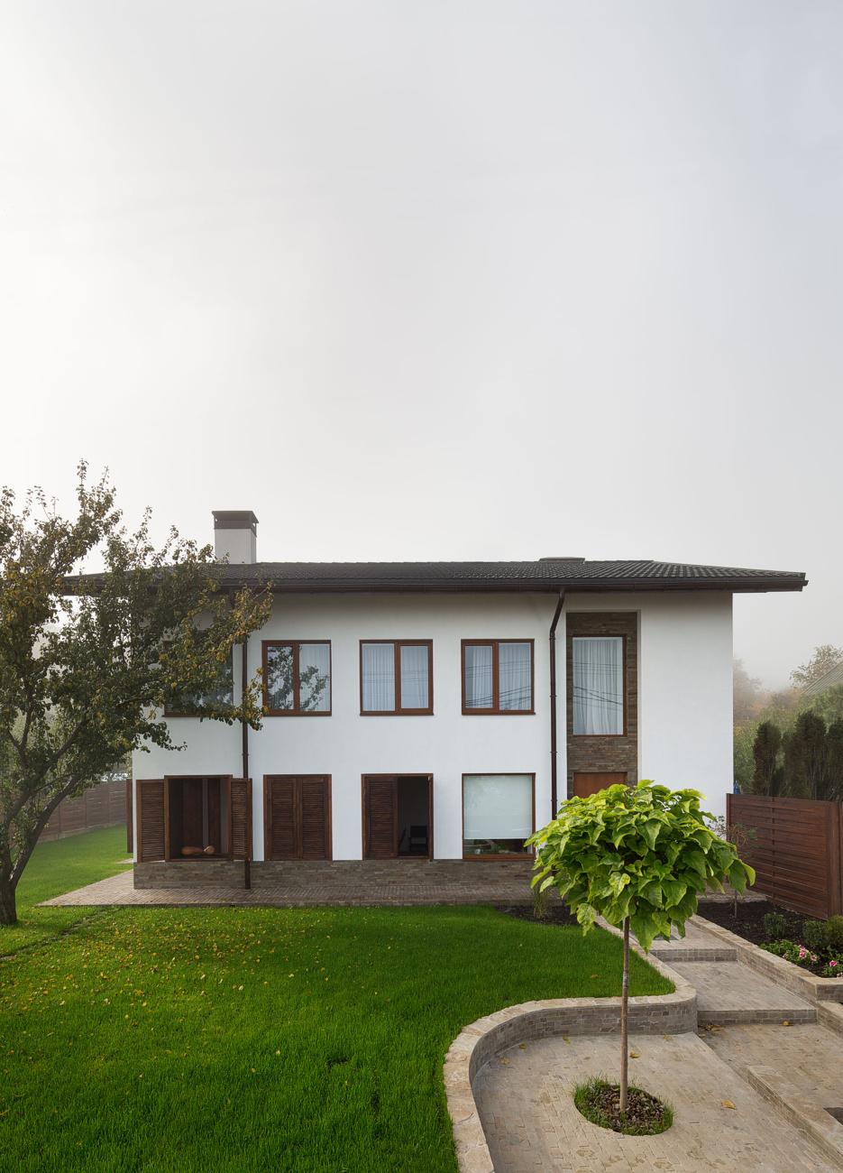 house-lightray-1.jpg